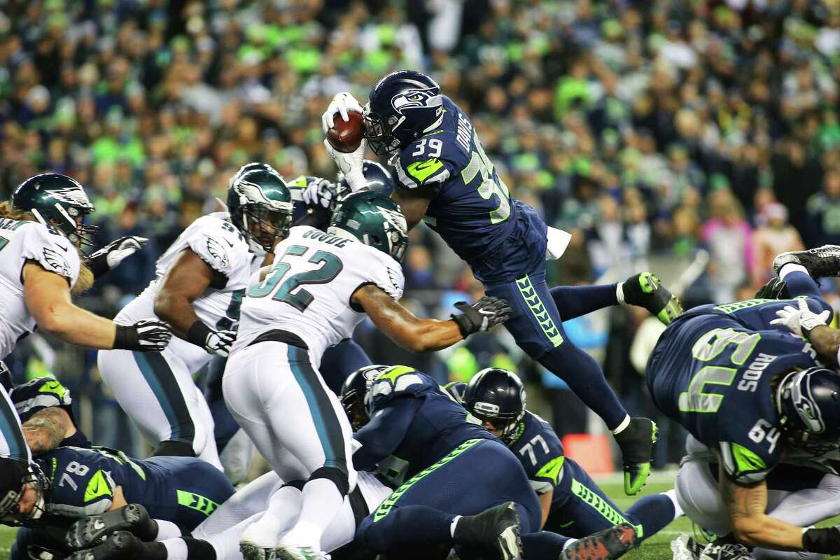 Seahawks running back Mike Davis attempts a dive into the end zone but is stopped short during the third quarter of the Seahawks game against the Philadelphia Eagles, Sunday, Dec. 3, 2017, at CenturyLink Field. (Genna Martin/seattlepi.com)