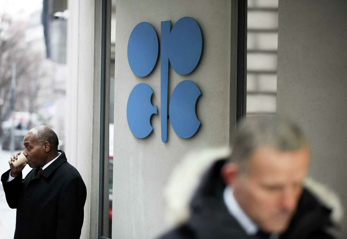 An OPEC sign hangs outside the OPEC Secretariat ahead of the 173rd Organization of Petroleum Exporting Countries (OPEC) meeting in Vienna, Austria, on Wednesday, Nov. 29, 2017. OPEC and Russia are said to have agreed they should extend oil-supply cuts deeper into next year, butMoscow wants clarity on anexit strategybefore giving formal consent. Photographer: Akos Stiller/Bloomberg