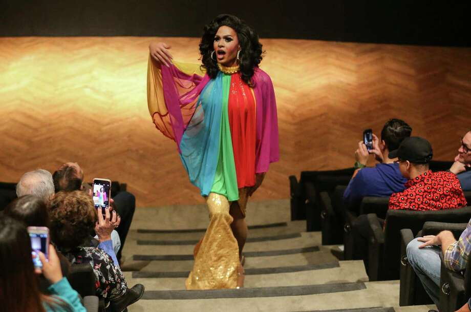 "Drag queen Chloe T. Crawford performs as Diana Ross before the special screening of the 1975 classic, ""Mahogany,"" at Museum of Fine Arts, Houston. Photo: Yi-Chin Lee, Houston Chronicle / © 2017  Houston Chronicle"