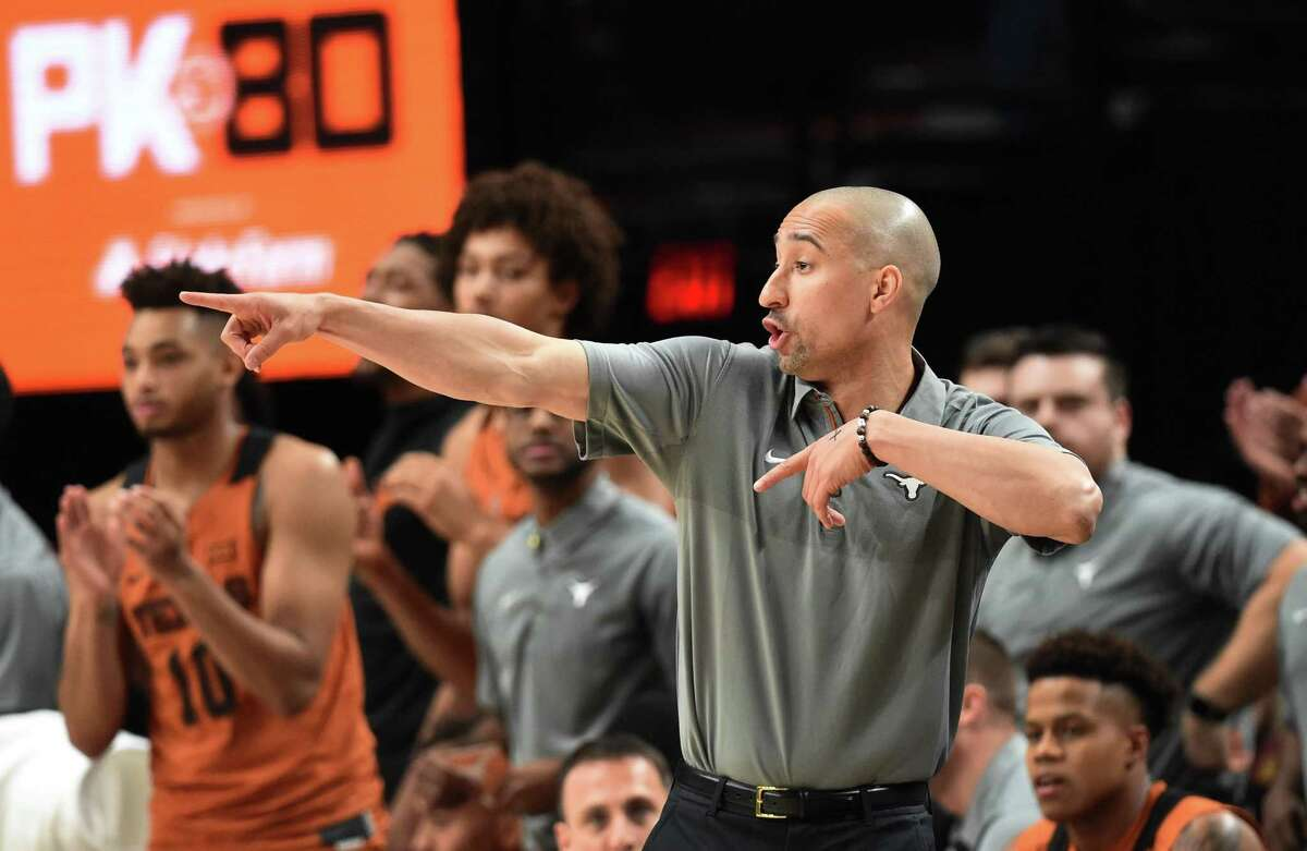 PORTLAND, OR - NOVEMBER 24: Head coach Shaka Smart of the Texas Longhorns directs his team during the first half of the game against the Duke Blue Devils during the PK80-Phil Knight Invitational presented by State Farm at the Moda Center on November 24, 2017 in Portland, Oregon. (Photo by Steve Dykes/Getty Images)