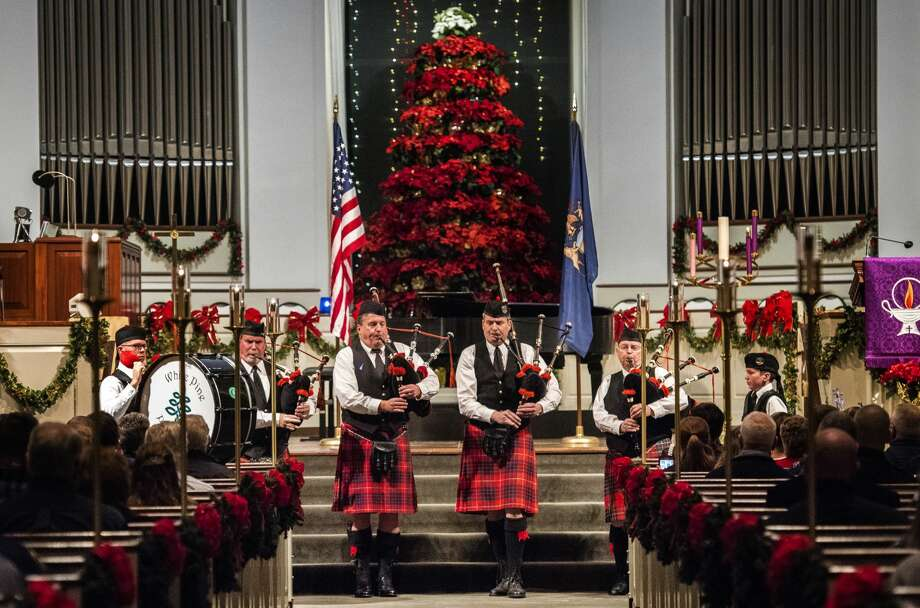 White Pine Celtic Arts Pipes and Drums play Amazing Grace during Project Blue Light, a ceremony honoring first responders, on Sunday, Dec. 3, 2017 at Memorial Presbyterian Church. (Danielle McGrew Tenbusch/for the Daily News) Photo: (Danielle McGrew Tenbusch/for The Daily News)