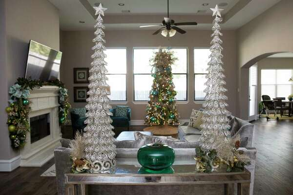 Third Ward Home Tour Offers Glimpse Of Many Holiday Décor