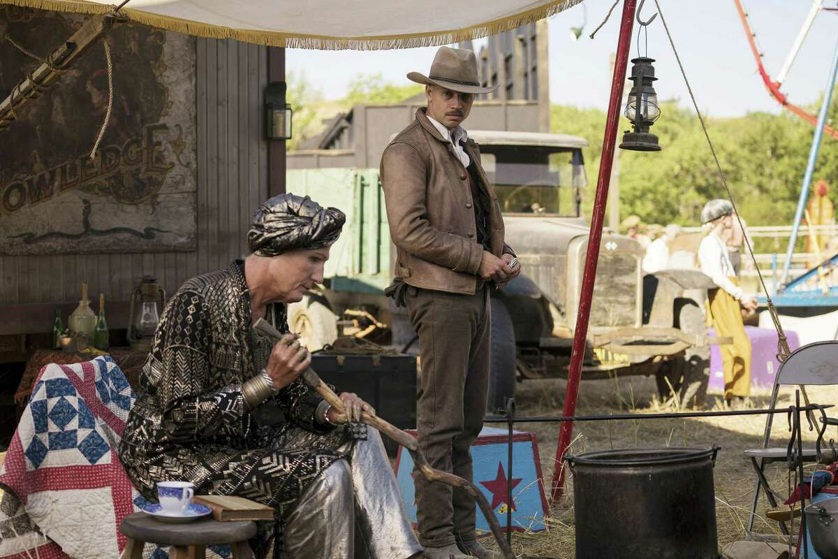 """DAMNATION -- """"Den of Lost Souls"""" Episode 105 -- Pictured: Logan Marshall-Green as Creeley Turner -- (Photo by: Chris Large/USA Network) ORG XMIT: Season:1"""