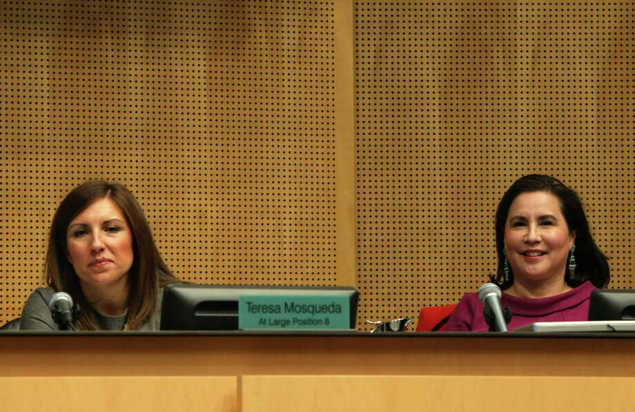 Councilmembers Teresa Mosqueda and Deborah Juarez both vote yes during a City Council meeting in which the council voted 7-1 in favor of an agreement with Oak View Group to renovate KeyArena, Monday, Dec. 4, 2017. Photo: GENNA MARTIN, SEATTLEPI / SEATTLEPI