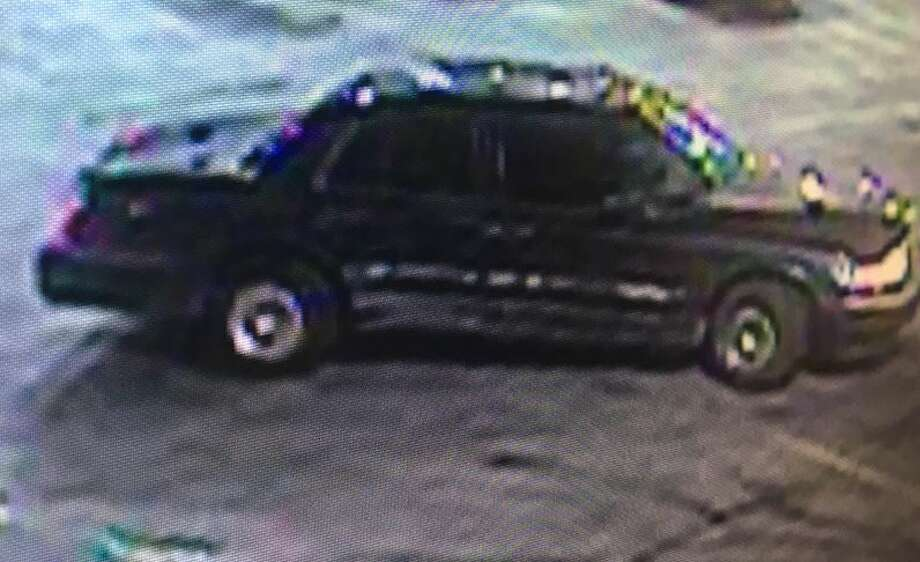 The suspect was in a dark sedan with tinted windows, chasing Ditraniq Hawkins and a 20-year-old man in a blue sedan around 11:30 p.m. on U.S. Highway 281 near Stadium Drive. Photo: Crime Stoppers