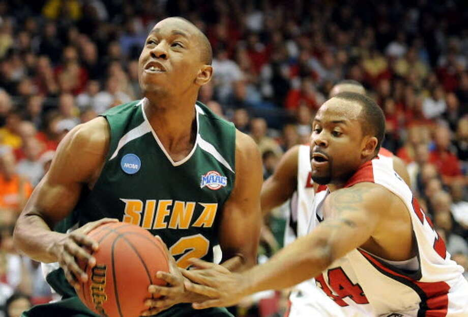 Former Siena forward Alex Franklin had 19 points and seven rebounds in the NCAA Tournament second-round loss to top-seeded Louisville in 2009. (Cindy Schultz/Times Union)