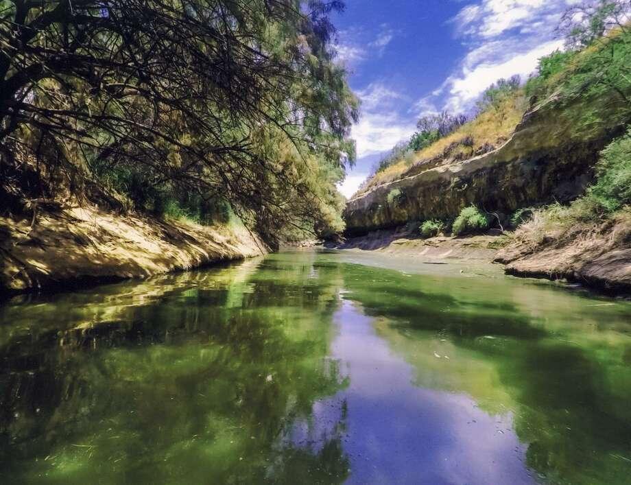 """Fotografía ganadora del primer lugar, """"Manadas Creek"""" de Josh D. Serna Photo: Josh D. Serna /Webb County Heritage Foundation"""