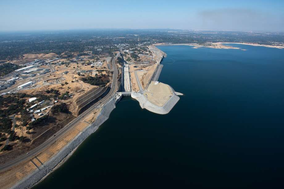Folsom Lake at 57 percent capacity111 percent of historical averagePhoto taken Nov. 1, 2017An aerial view of Folsom Lake in El Dorado County, California on Nov. 1, 2017. Photo: Kelly M. Grow/California Department Of Water Resources