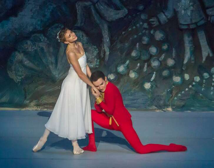 """Oksana Bondareva and Andrei Bolotin in """"The Nutcracker,"""" performed by Ballet Stars of Moscow with music from Symphony Silicon Valley.  Photo: Robert Shomler"""