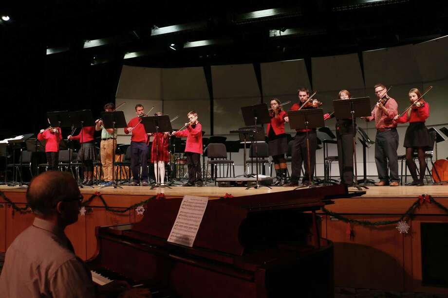 The Community Music School's Holiday Concert is set for Sunday, Dec. 10 at 2 p.m., at Valley Regional High School's auditorium. Photo: Contributed Photo/Not For Resale / 2015