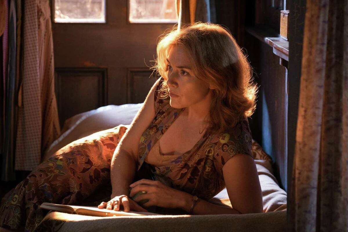 Kate Winslet channels Blanche DuBois in