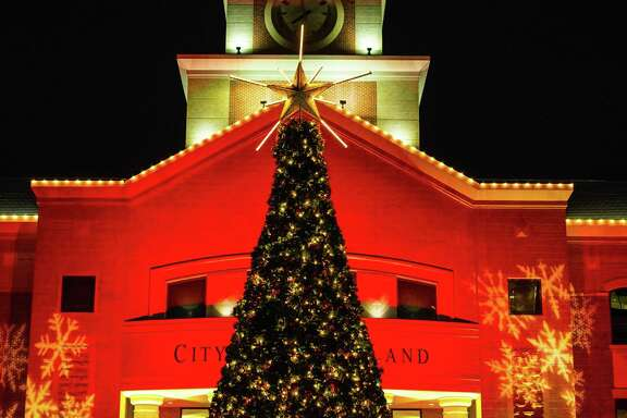 The Christmas Tree Lighting event features holiday crafts, face painting, performances by local artists and choirs, photos with Santa, food and beverages for purchase and Sugar Land Town Square's tree lighting.