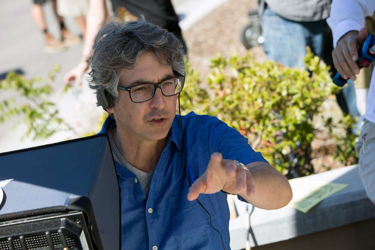Director Alexander Payne on the set of his film