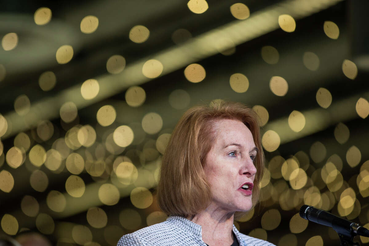 Mayor Jenny Durkan speaks before signing an MOU in regards to the KeyArena renovation with Oak View Group at Fisher Pavilion on Wednesday, Dec. 6, 2017.