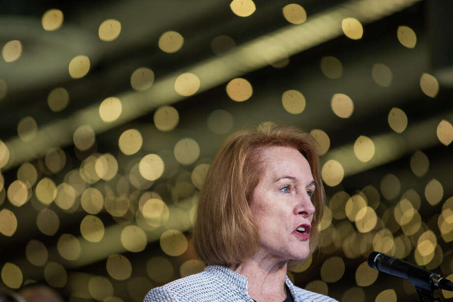 Mayor Jenny Durkan speaks before signing an MOU in regards to the KeyArena renovation with Oak View Group at Fisher Pavilion on Wednesday, Dec. 6, 2017. Photo: GRANT HINDSLEY, SEATTLEPI.COM / SEATTLEPI.COM