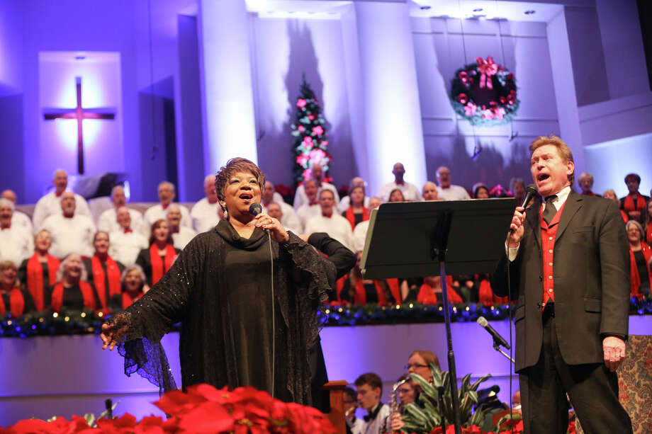 Babbie Mason and Steve Amerson perform during the Christmas Music Celebration on Sunday, Dec. 11, 2016, at Mims Baptist Church in Conroe. Photo: Michael Minasi, Staff / © 2016 Houston Chronicle