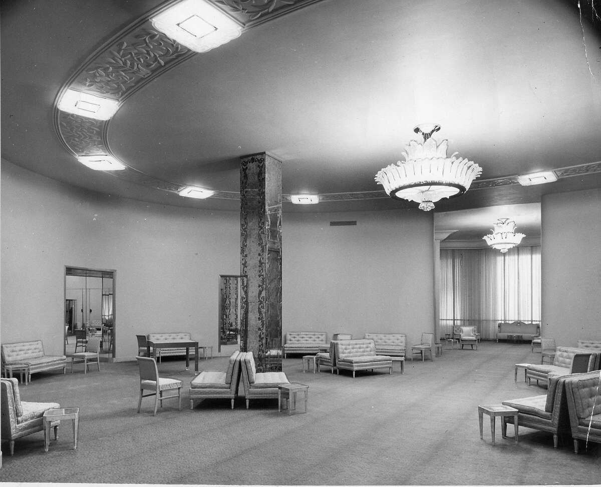 A dress salon at the new I. Magnin's store Handout photo Photo ran 01/15/1948