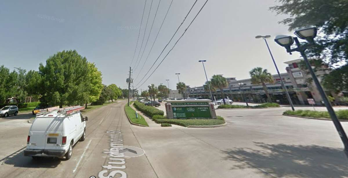A screenshot of a Google Maps image of the strip mall at 920 Studemont in Houston.