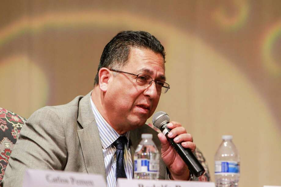 Jesse Rodriguez, candidate for HISD's Board of Education, during the debate at Lamar High School.   (For the Chronicle/Gary Fountain, October 16, 2017) Photo: Gary Fountain, For The Chronicle / Copyright 2017 Gary Fountain