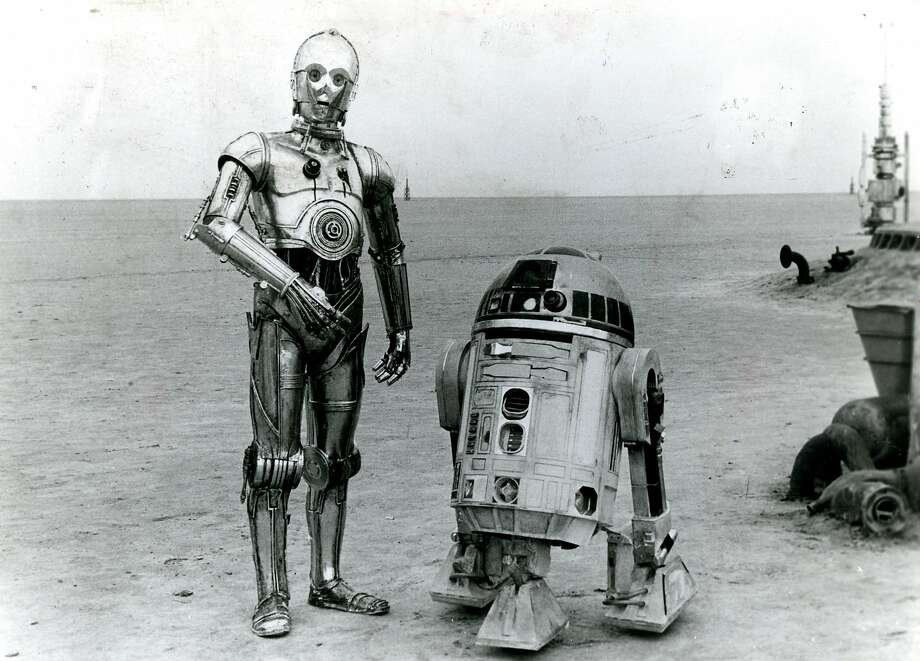 "C-3PO and R2-D2 in ""Star Wars."" Photo: Courtesy 20th Century Fox"
