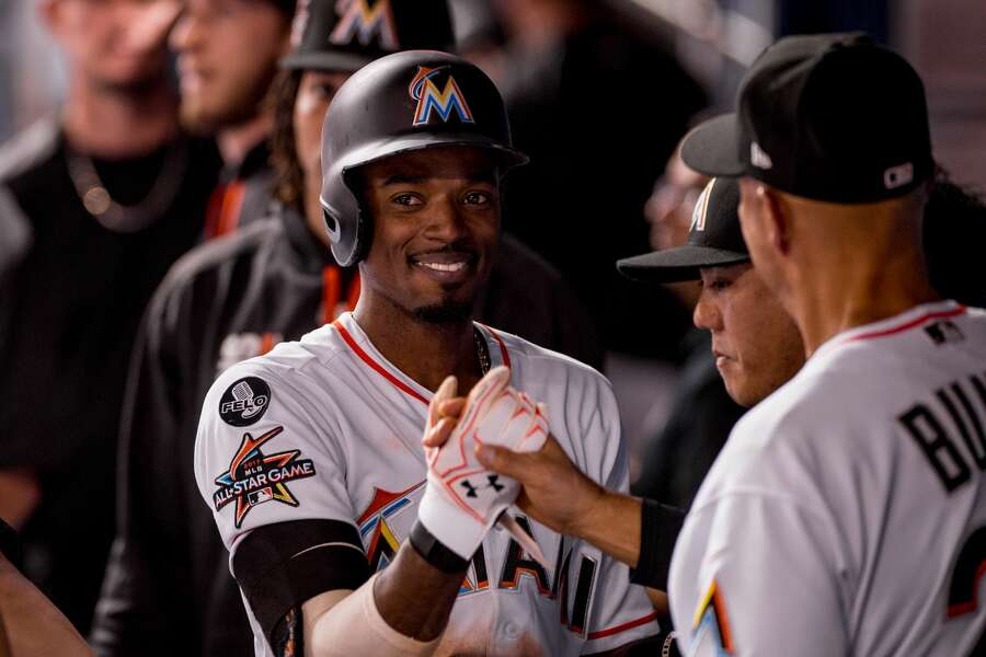 san francisco 2faf6 3c86e Mariners acquire Dee Gordon, more Ohtani money from Marlins ...