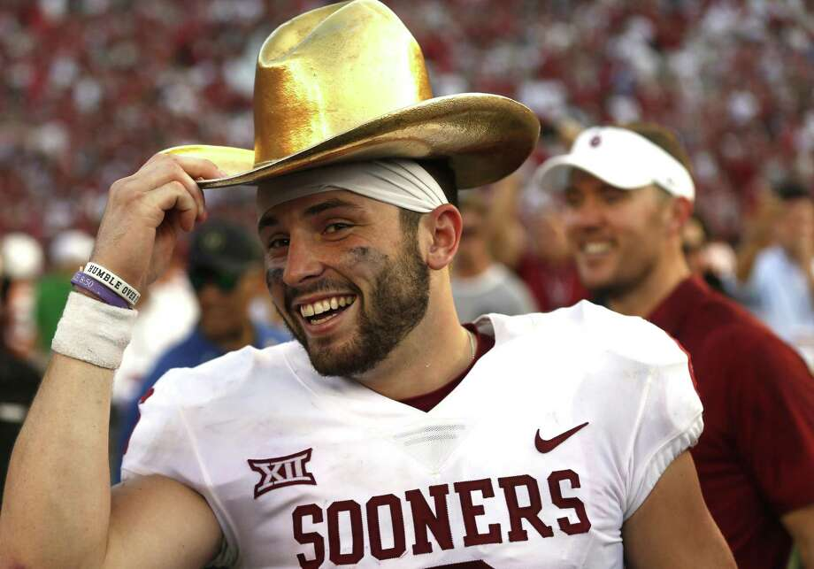 Oklahoma quarterback Baker Mayfield received the Walter Camp Award as national player of the year on Thursday. Photo: Associated Press File Photo / FR171331 AP