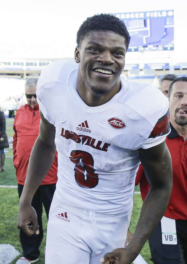 Louisville quarterback Lamar Jackson can become just the second repeat Heisman Trophy winner and first since Ohio State's Archie Griffin (1974, '75). Photo: David Stephenson, Associated Press
