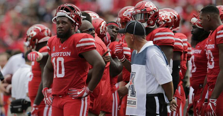 Houston defensive tackle Ed Oliver was named Thursday to the prestigious Walter Camp All-America first team. Photo: Tim Warner/Getty Images