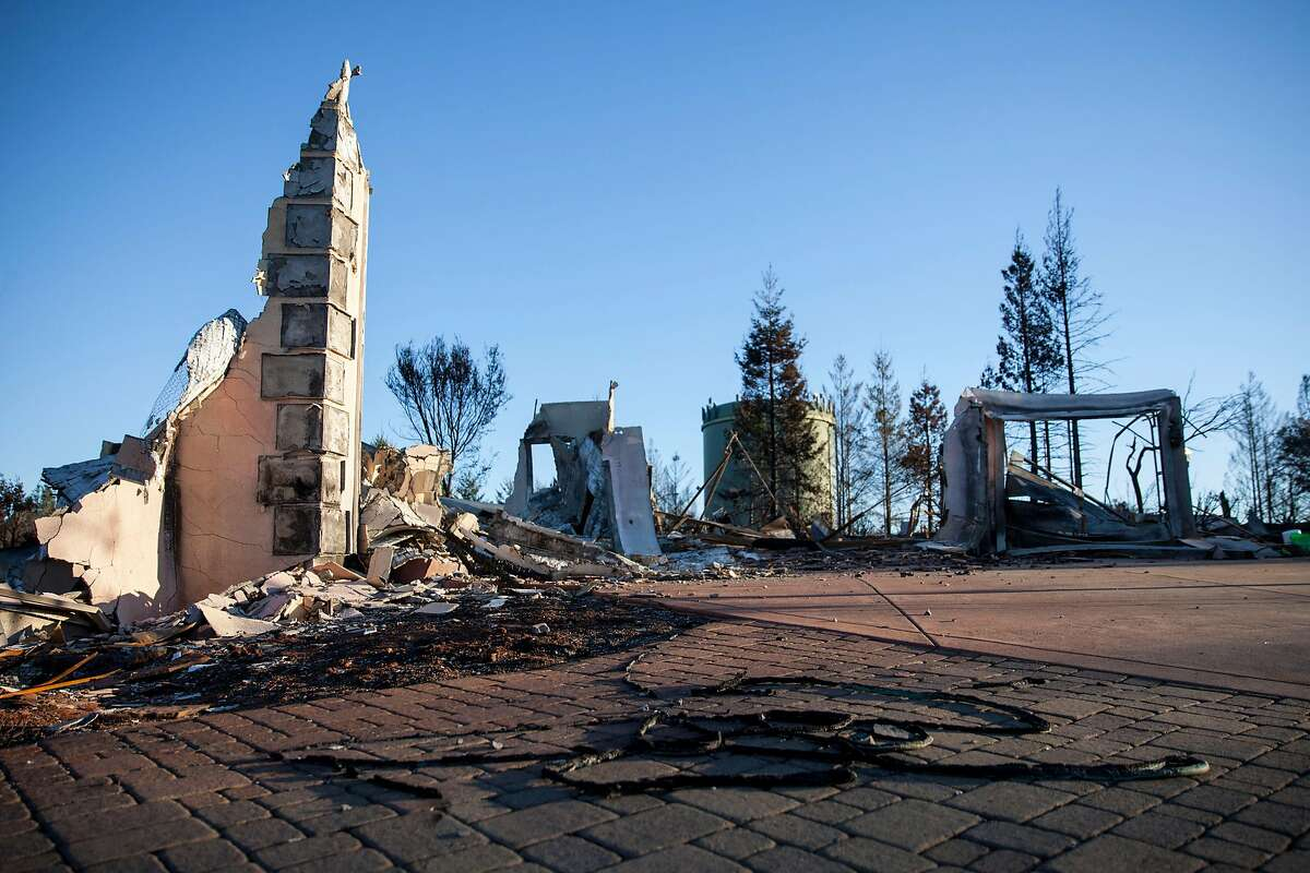The ruins of the Sweeney residents destroyed by fire in Santa Rosa, California, USA 7 Dec 2017.