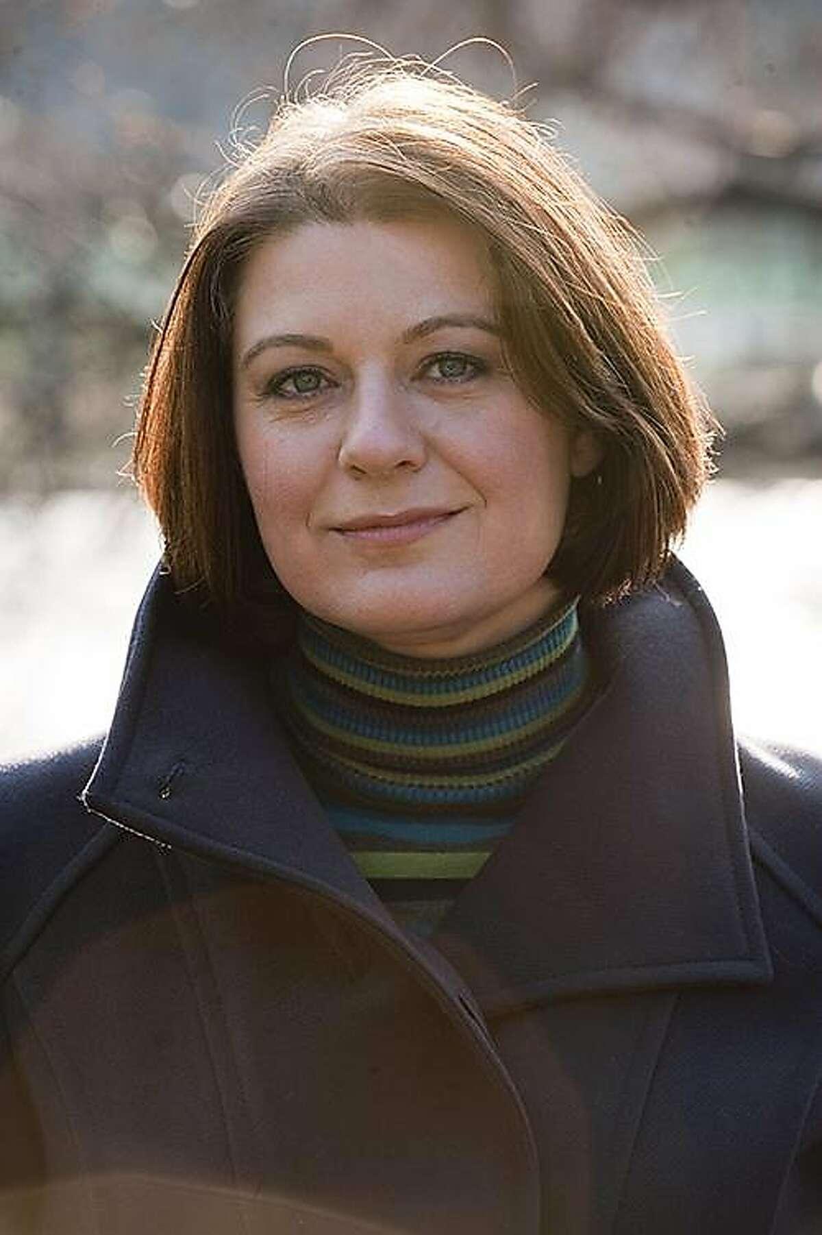 Mezzo-soprano Diana Moore Diana in St James's Park, London.