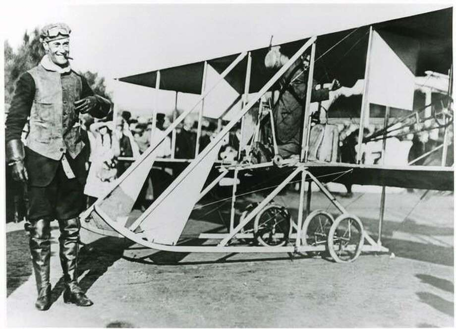 Pilot Cal Rodgers is ready for takeoff with a crowd in the background. Photo: Courtesy Mike Lentes