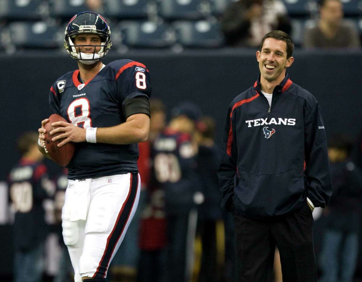 Current 49ers coach Kyle Shanahan, right, spent plenty of time with quarterback Matt Schaub when the two worked together in Houston.