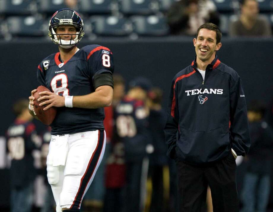 Current 49ers coach Kyle Shanahan, right, spent plenty of time with quarterback Matt Schaub when the two worked together in Houston. Photo: Brett Coomer, Staff / © 2010 Houston Chronicle