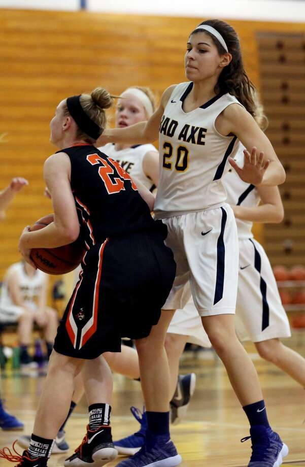Harbor Beach at Bad Axe — Girls Basketball 2017 Photo: Paul P. Adams/Huron Daily Tribune