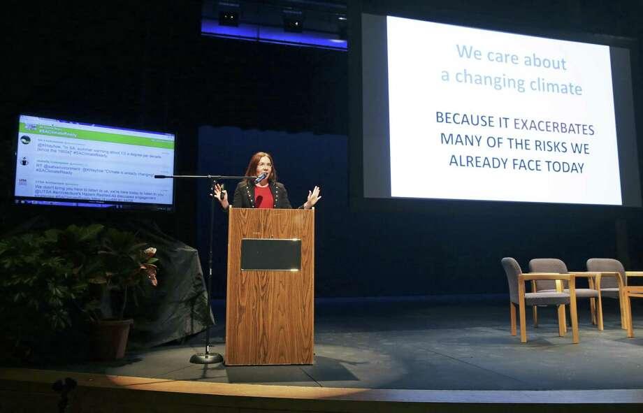 Keynote speaker Katharine Hayhoe talks in front of an audience at Buena Vista Theater at UTSA's Downtown Campus on December 7, 2017 Photo: Tom Reel /San Antonio Express-News / 2017 SAN ANTONIO EXPRESS-NEWS