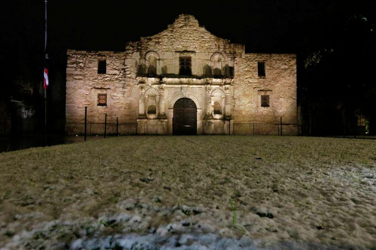 A view of the Alamo Thursday Dec. 7, 2017.