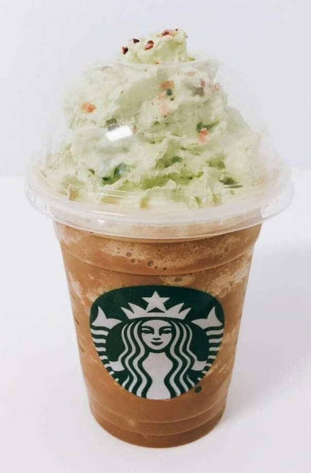 A Christmas Tree Frappuccino, which baristas mistakenly made without its strawberry topping. Photo: Washington Post Photo By Maura Judkis. / The Washington Post