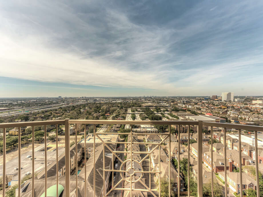 There are many additional factors to consider when buying a high-rise property. Photo: Courtesy Of Patrick Bertilino / Copyright 2017 Patrick Bertolino, Photographer