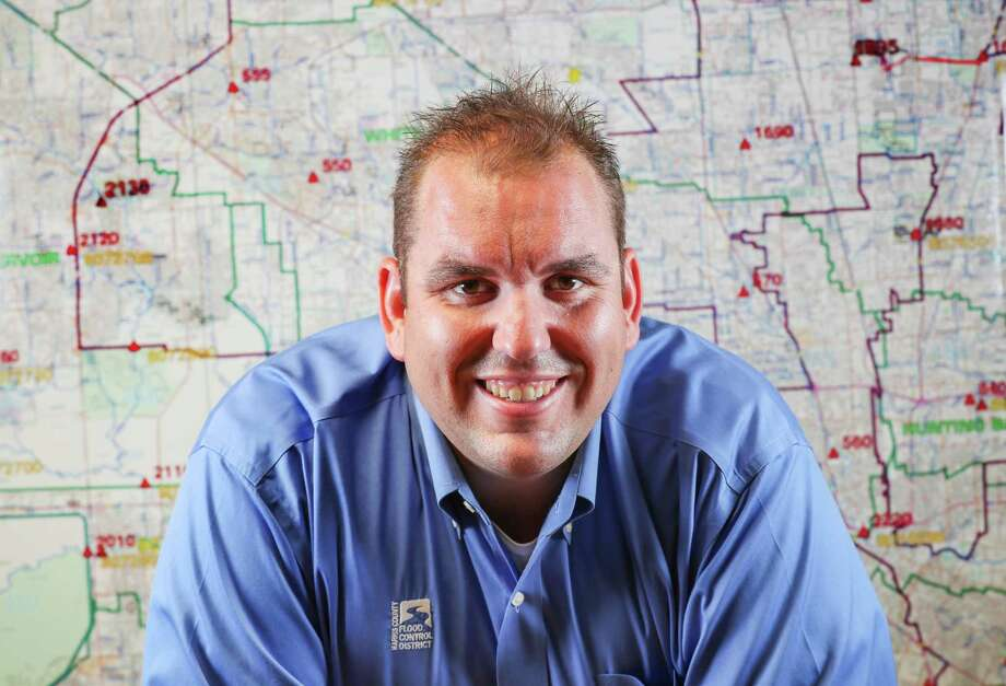 Jeff Lindner's nonstop updates during Hurricane Harvey garnered widespread media attention.  >>> Click through to see more on Jeff Lindner. Photo: Steve Gonzales, Houston Chronicle / © 2017 Houston Chronicle