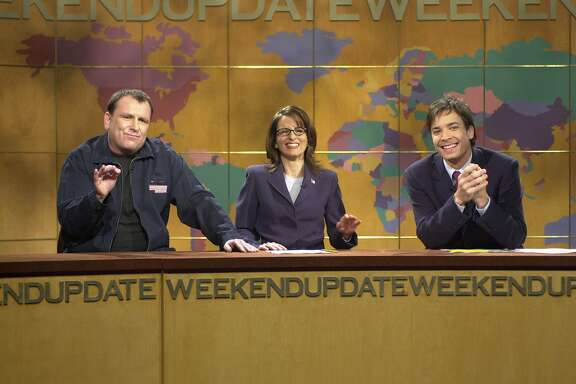 "Saturday Night Live -- NBC Late Night -- Host: Drew Barrymore -- Pictured (l to r): Former Update anchor and ""the New Yorkiest New Yorker I know"" (Tina Fey): Colin Quinn gives a commentary on life in New York post September 11. -- NBC Photo: Norman Ng"