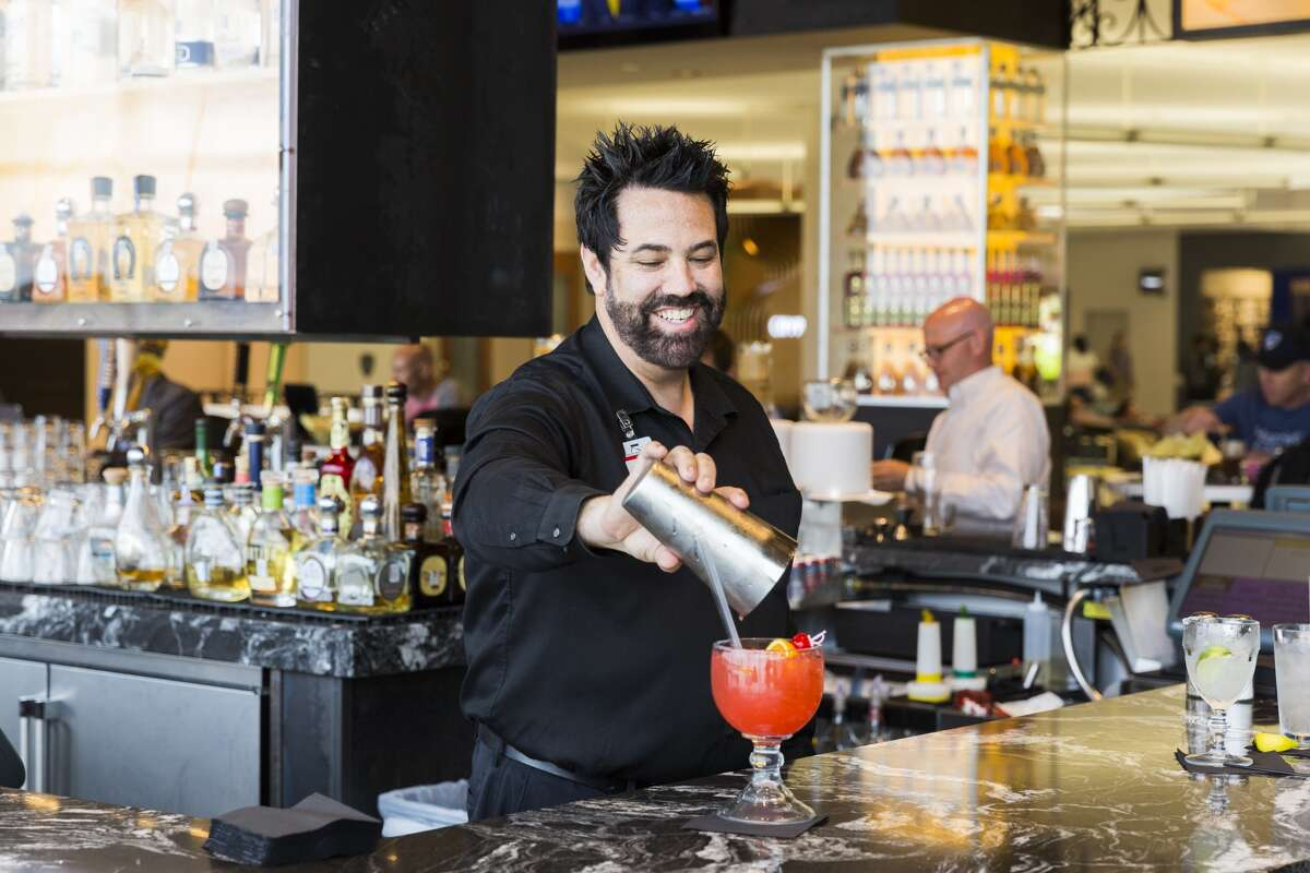 Bush Intercontinental and Hobby Airports have a host of cocktails to take the stress out of flying. Keep going to see some of the airports' cocktails.