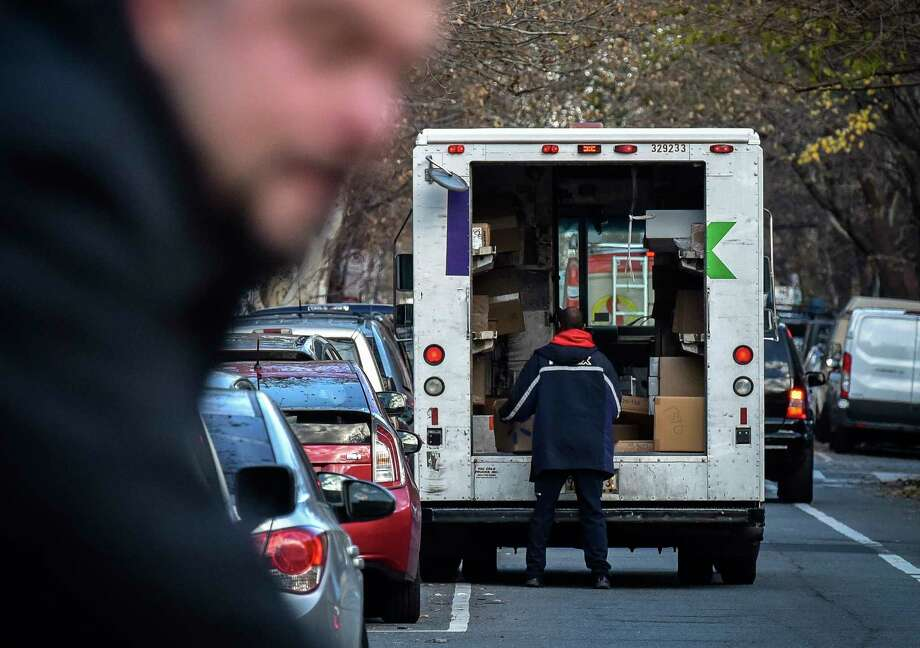 PHOTOS: Package theft suspects in Houston in 2018 Two Texas lawmakers recently filed bills that would make package theft a felony. >>> See the package thieves who have struck in Houston this year  Photo: Washington Post Photo By Bill O'Leary. / The Washington Post