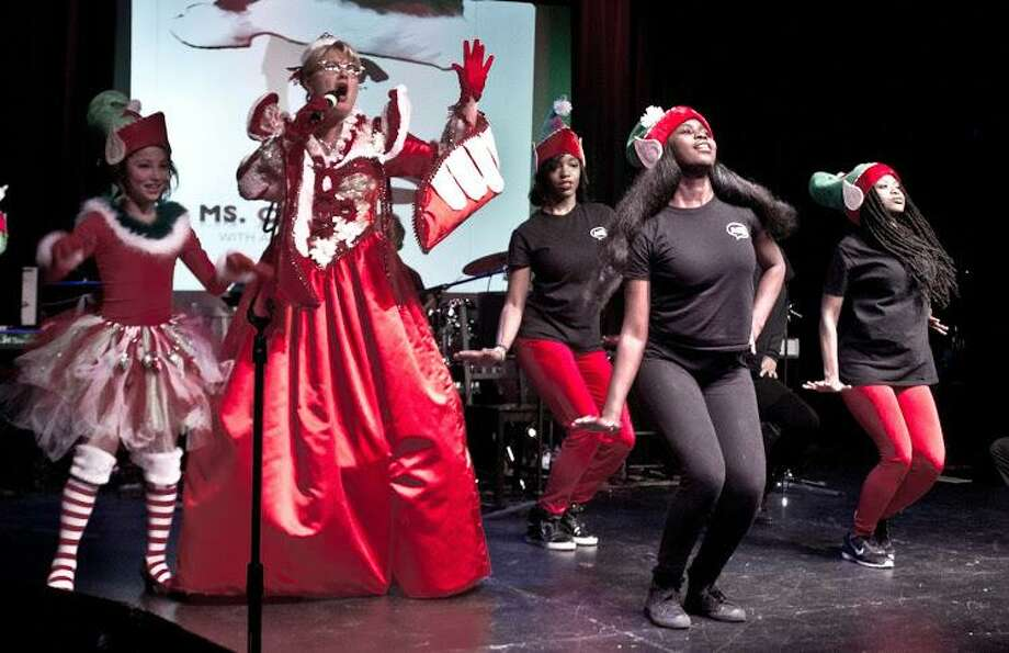 "The New Paradigm Theatre Holiday Extravaganza will showcase Broadway performers in ""a NYC-esque customized Holiday show on Dec 16-17 at theFairfield Theatre Company. Photo: NPT / Contributed Photo"