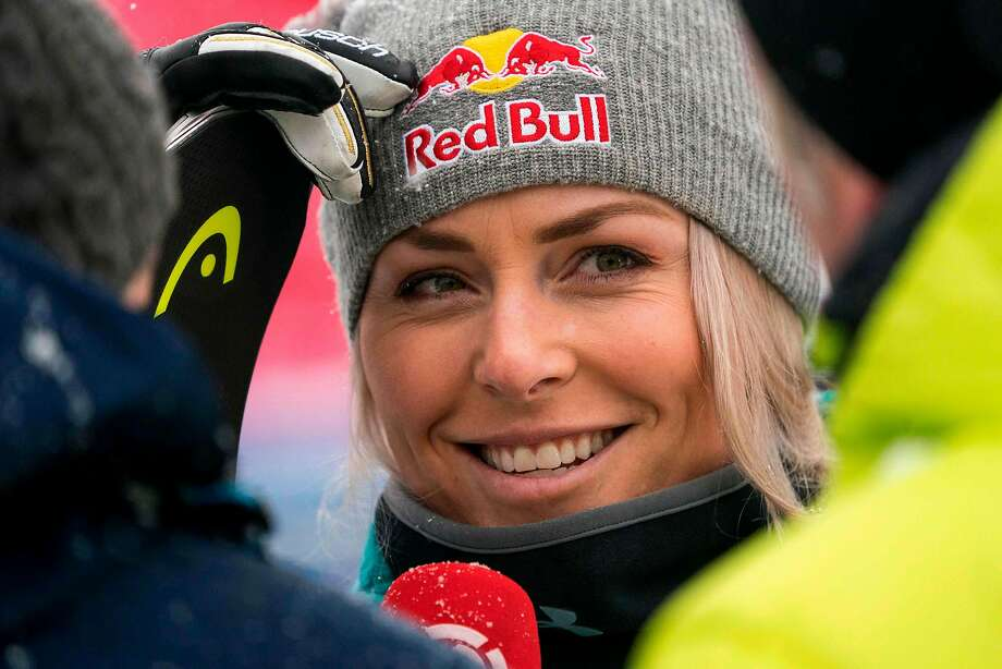 Alpine skiing-Vonn injured and Gut crashes at St Moritz