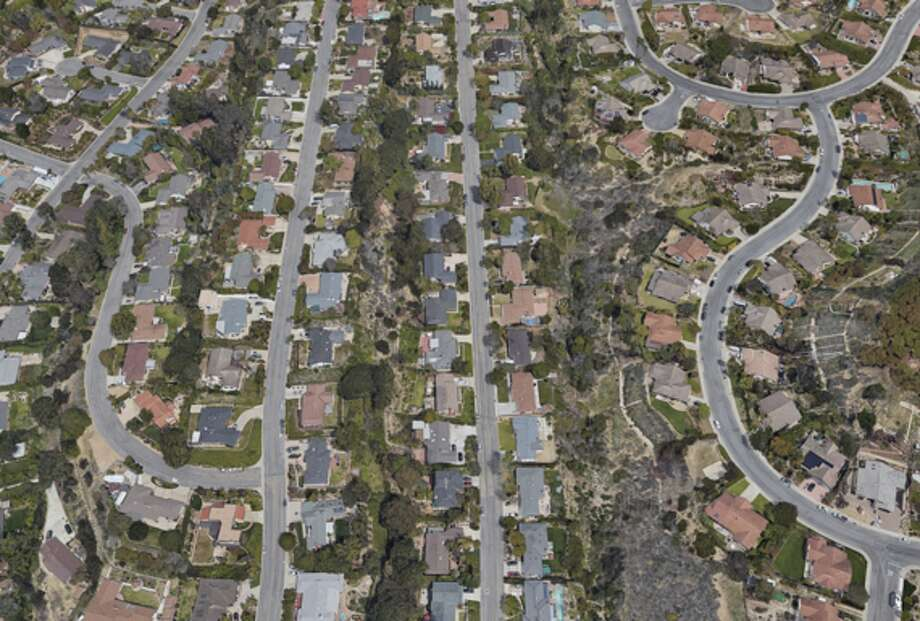 Click ahead to see before and after shots of the Southern California wildfires. A Ventura, Calif. neighborhood in Oct. 2016. Photo: Google Maps