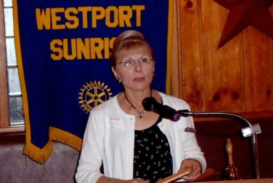 Alice Lipson reflects on her career as a music teacher during Westport Sunrise Rotary's meeting on Friday, June 25, 2010. Photo: Contributed Photo, Contributed Photo / Hal Levy / Westport News