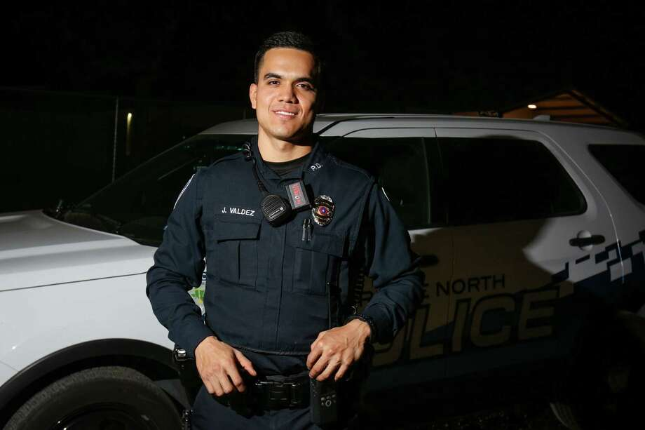 Oak Ridge North Police Officer Juan Valdez is pictured on Tuesday, Nov. 21, 2017, outside of Oak Ridge North City Hall. Photo: Michael Minasi, Staff Photographer / © 2017 Houston Chronicle