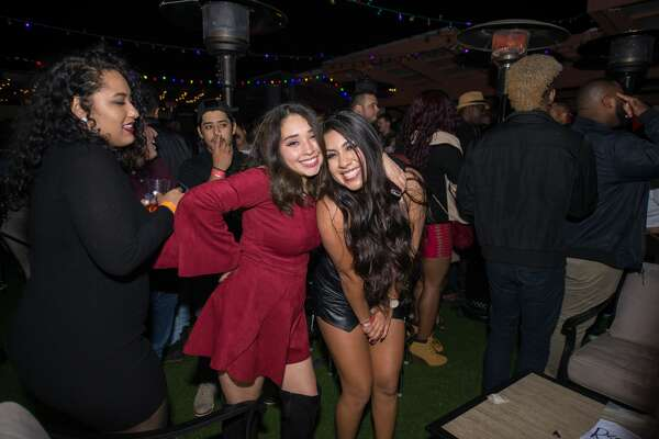 The Burnhouse helped thaw out San Antonio partygoers Friday Dec. 8, 2017, following a frigid night of of snowy weather.