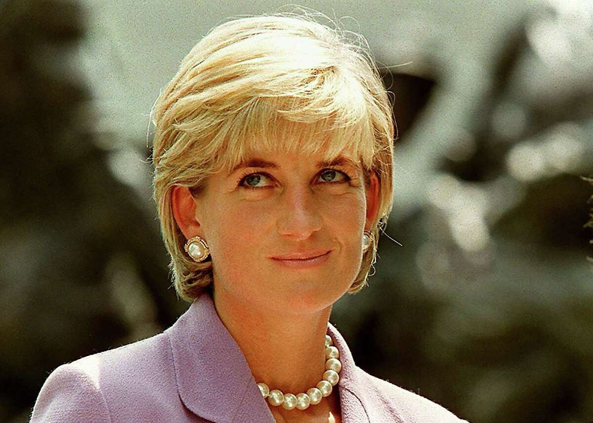 Britain's Diana, Princess of Wales, at a ceremony at Red Cross headquarters in Washington, June 17, 1997, to call for a global ban on anti-personnel land mines.