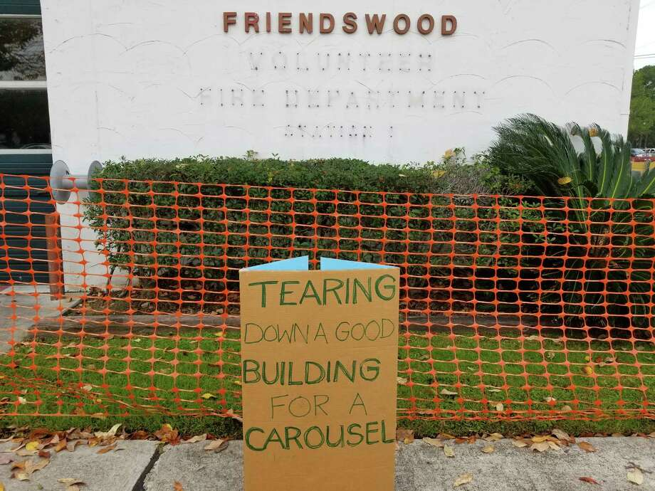 A sign indicates some residents' displeasure in the city of Friendswood's decision to demolish its old fire station.